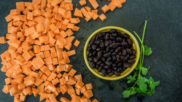 Black Beans and Sweet Potatoes with Apples – Slow Cooker Baby Food Treasures